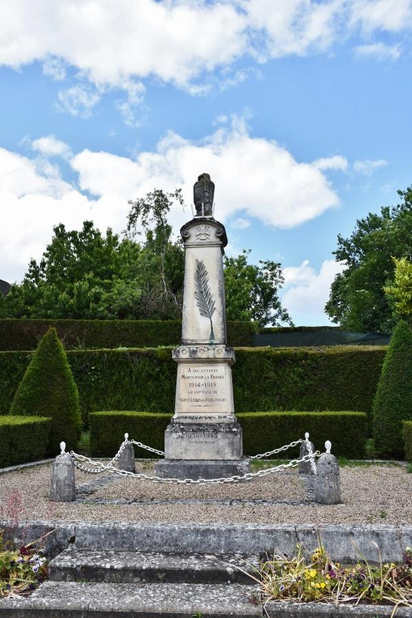 Photo Saint-Lubin-en-Vergonnois - le Monument Aux Morts