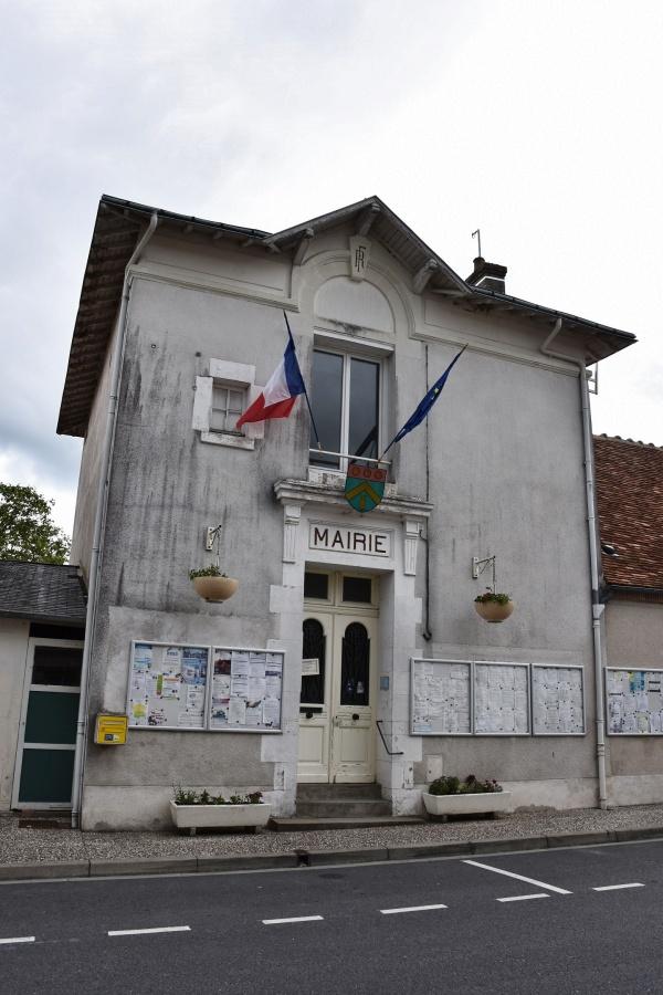 Photo Tour-en-Sologne - la Mairie