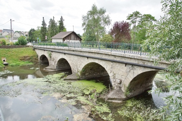 Photo Vineuil - le Pont
