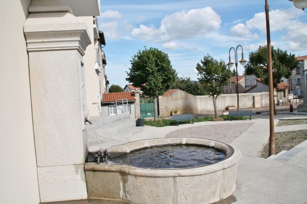 Photo Loudes - la fontaine