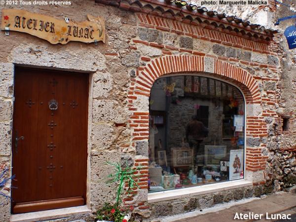 Atelier Lunac de Jany Bougier au cœur du quartier médiéval.