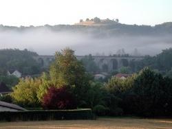 Photo paysage et monuments, Bajamont - Château du matin