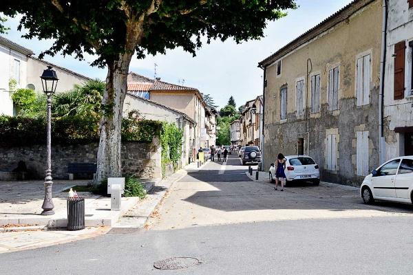 Photo Nérac - Nérac, la rue Séderie.