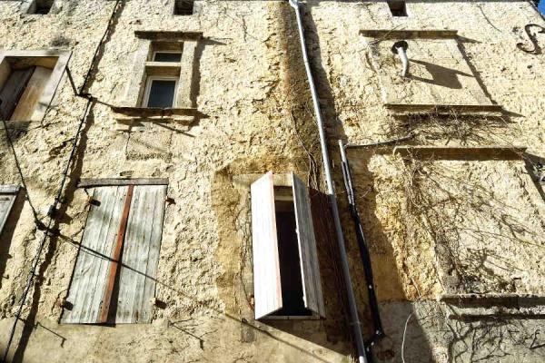Photo Nérac - Nérac, façade colorée.
