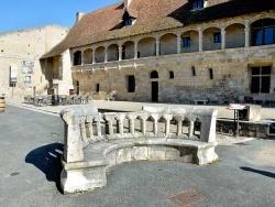 Photo paysage et monuments, Nérac - L'esplanade du château