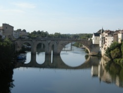 Photo paysage et monuments, Villeneuve-sur-Lot - Chapelle Notre-Dame du Bout du Pont