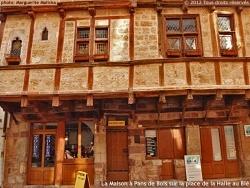 Photo paysage et monuments, La Canourgue - Le charme médiéval de la maison à pans de bois, à encorbellement.