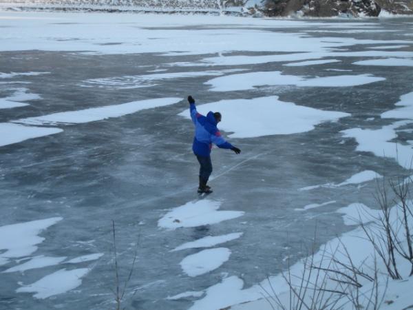 Le dernier trappeur sur le lac de Naussac!!