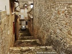 Photo paysage et monuments, Marvejols - Une belle ruelle toute en escaliers de galets...