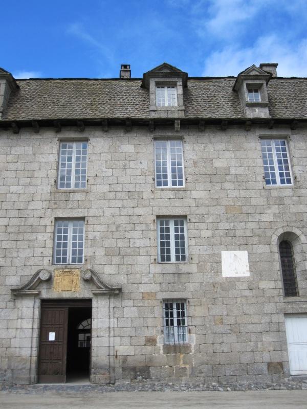 Photo Prinsuéjols - Château de la Baume, entrée principale