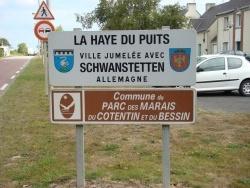 Photo paysage et monuments, La Haye-du-Puits - Panneau d'entré de La Haye du Puits