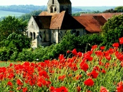 Photo paysage et monuments, Baslieux-lès-Fismes - Jolis coquelicots pour le coque d'église