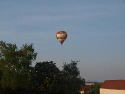 Photo paysage et monuments, Tours-sur-Marne - mongolfiere 2011