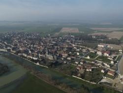 Photo paysage et monuments, Tours-sur-Marne - Vue aérienne du village