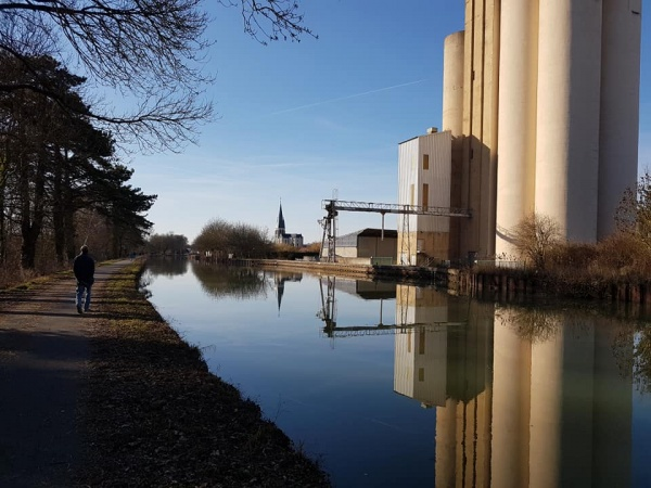 Le canal de la marne au Rhin