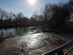 Photo paysage et monuments, Tours-sur-Marne - Le déversoir