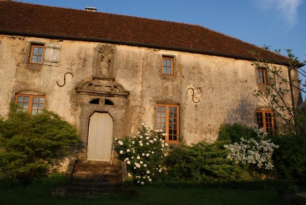 Photo Le Châtelet-sur-Meuse - le porche du Presbytere