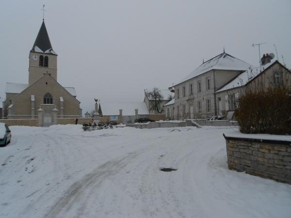 L'hiver sur la place de l'église