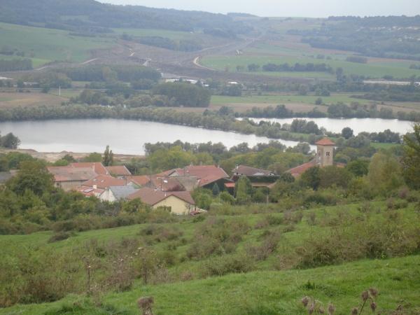 VITTONVILLE vue du haut de la colline .
