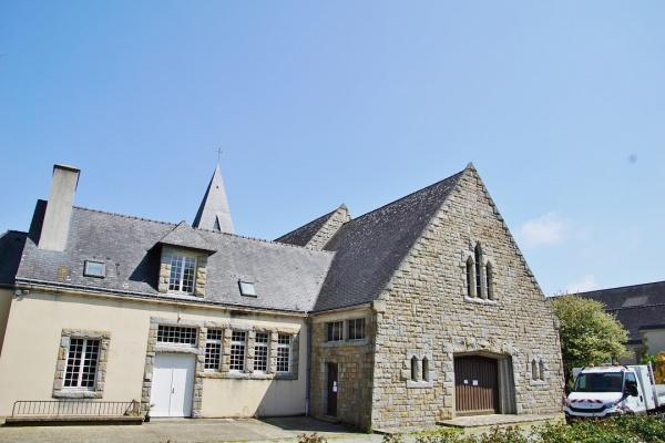 Abbaye Saint Anne de Kergonan