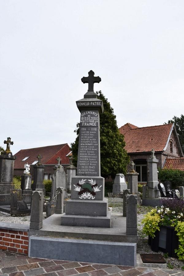 Photo Bissezeele - le monument Aux Morts