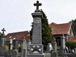 Photo paysage et monuments, Bissezeele - le monument Aux Morts