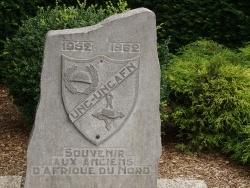 Photo paysage et monuments, Étroeungt - le monument