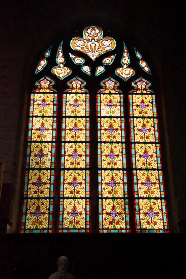 Photo Gravelines - Vitraux église Saint Willibrord