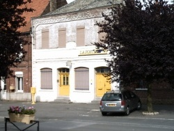 Photo paysage et monuments, Lécluse - La poste de Lécluse