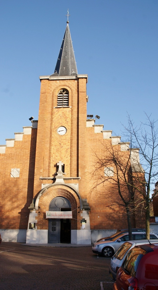 Photo Mons-en-Baroeul - église saint Pierre