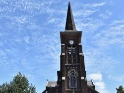 Photo paysage et monuments, Neuville-sur-Escaut - église Saint Amand