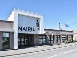 Photo paysage et monuments, Uxem - la Mairie
