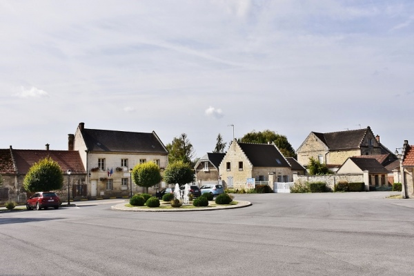 Photo Berneuil-sur-Aisne - Le Village