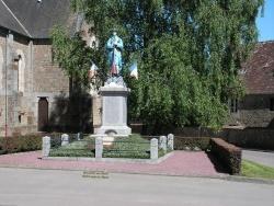 Photo paysage et monuments, Lougé-sur-Maire - le monument aux mortsde lougé-sur-maire