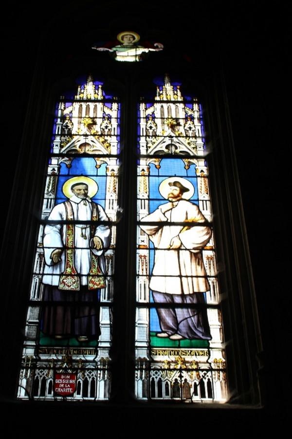 Vitraux Notre Dame de grâces