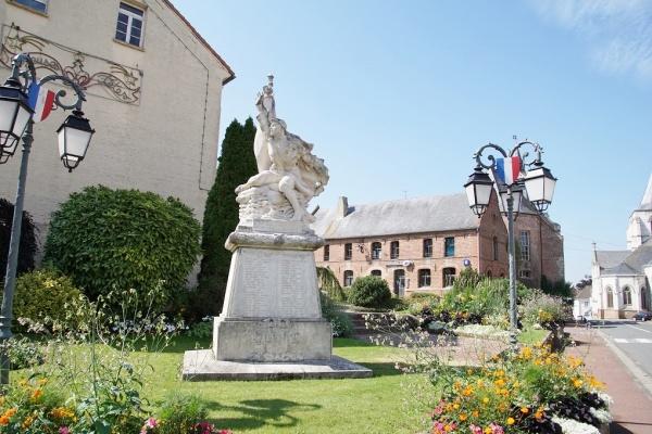 Photo Ardres - le Monuments Aux Morts