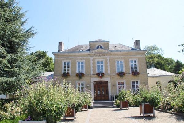 Photo Ardres - la mairie