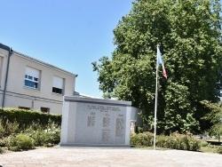 Photo paysage et monuments, Auchel - le Monument Aux Morts
