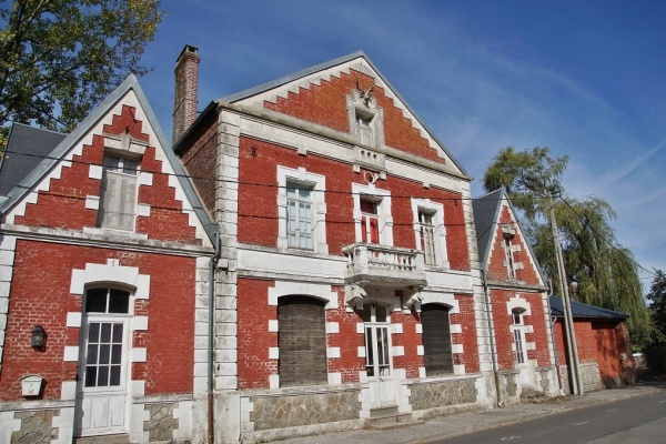 Photo Beussent - la Mairie