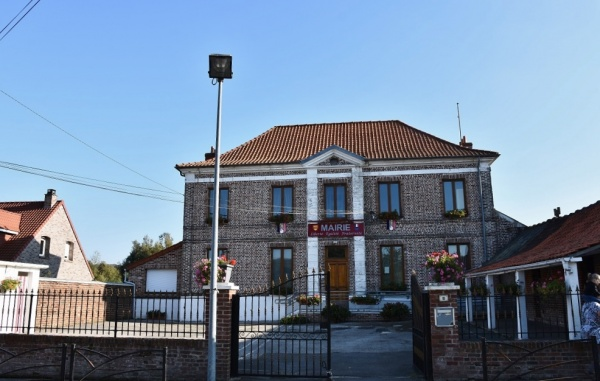 Photo Bonningues-lès-Ardres - la Mairie