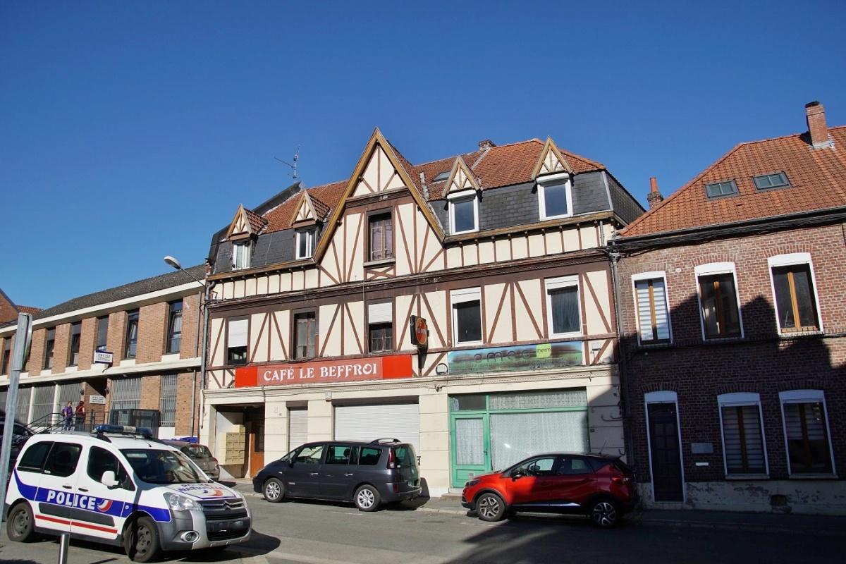 lieu rencontre gay marseille à Bruay-la-Buissière