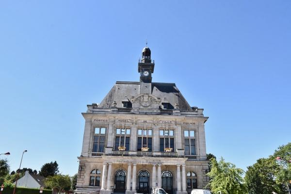 Photo Calonne-Ricouart - la Mairie