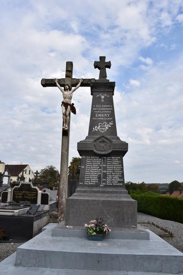 Photo Embry - le Monument Aux Morts
