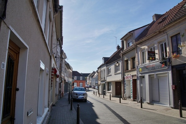 Photo Guînes - le Village