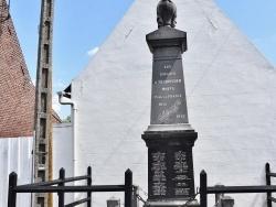 Photo paysage et monuments, Heuringhem - le Monument Aux Morts