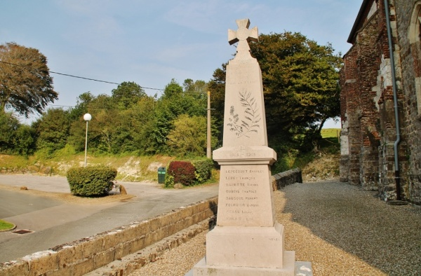 Photo Hubersent - Monument-aux-Morts