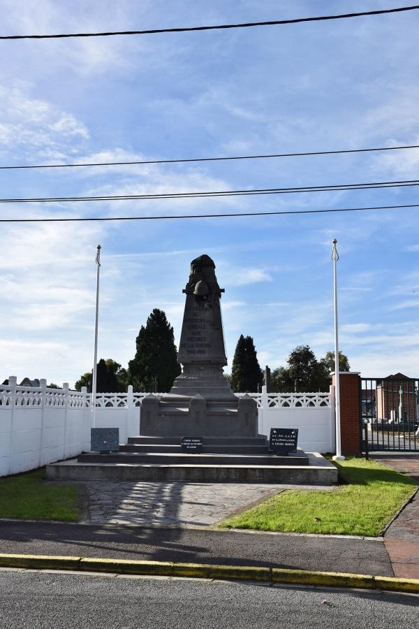 Photo Montigny-en-Gohelle - le Monument Aux Morts