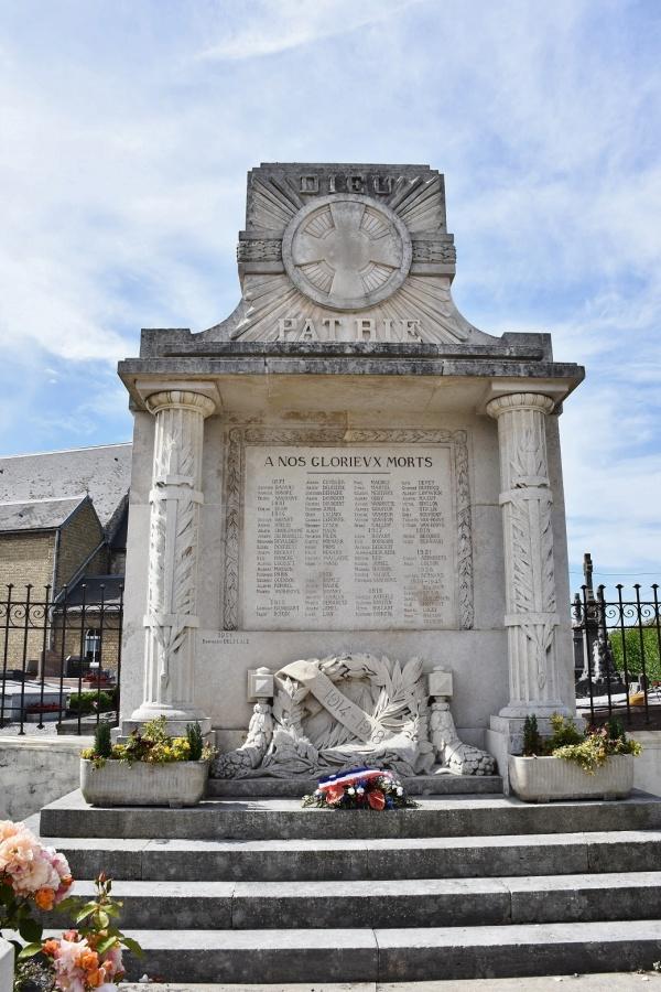 Photo Sainte-Marie-Kerque - le Monument Aux Morts