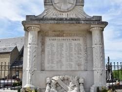 Photo paysage et monuments, Sainte-Marie-Kerque - le Monument Aux Morts