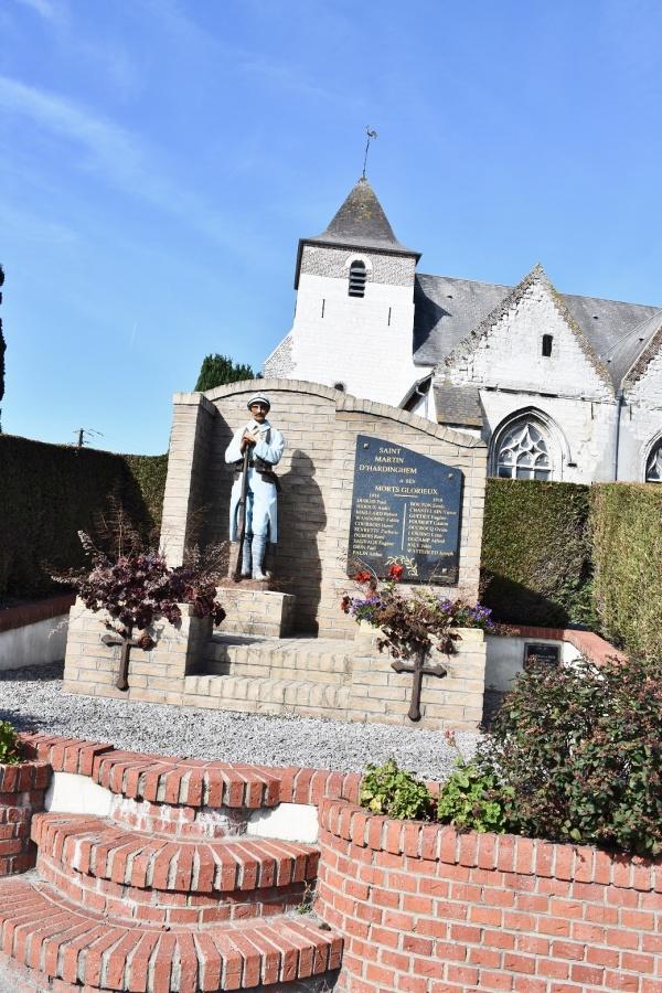 Photo Saint-Martin-d'Hardinghem - le Monument Aux Morts